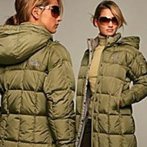 THE NORTH FACE 600 FILL LONG DOWN GREEN PUFFER C…